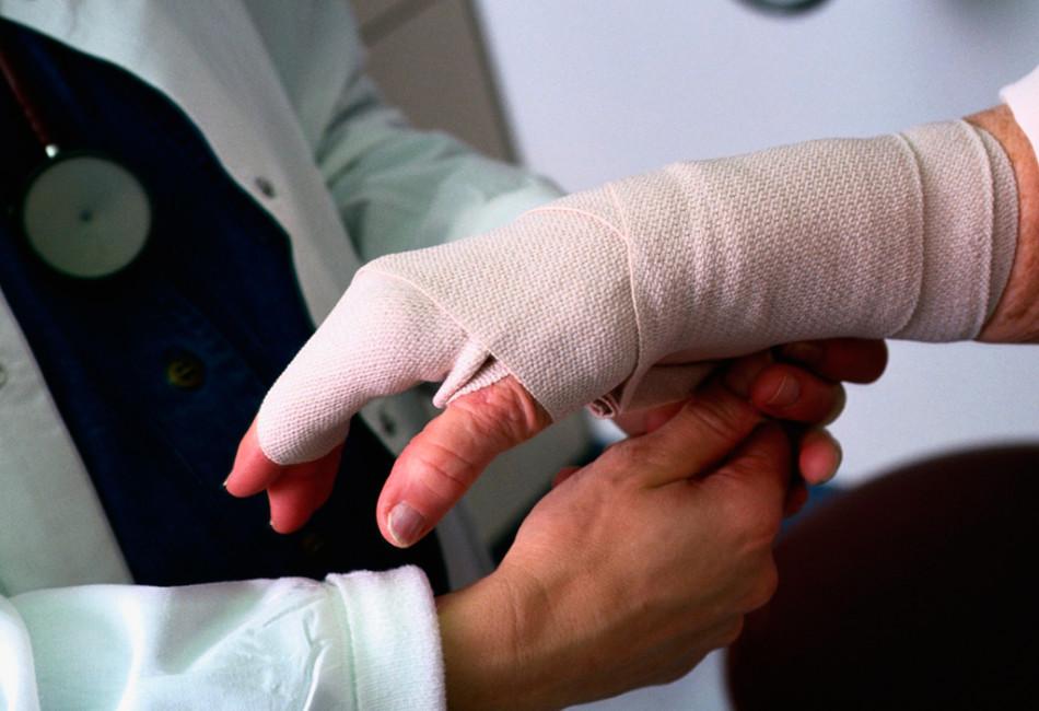125-ФЗ «Об обязательном социальном страховании от несчастных случаев на производстве и профессиональных заболеваний»