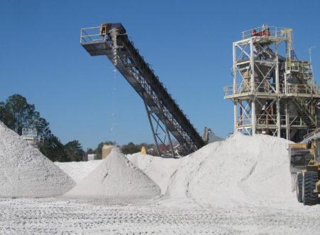 Минпромторг поддержал расширение обязательной сертификации в цементной отрасли на смежные рынки